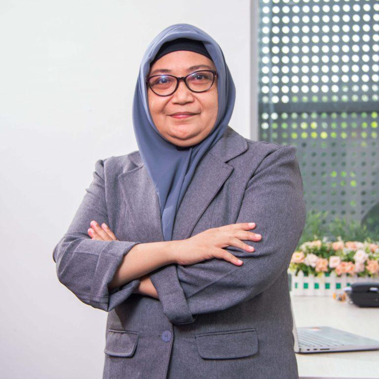 Ira M Rahmiyani
